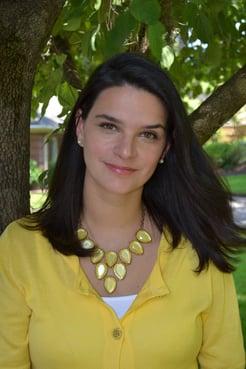 Casey Berna_Endometriosis Influencer