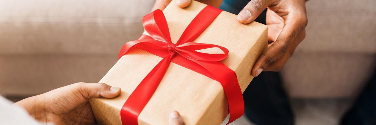 7 Thoughtful Gift Ideas for Those Going Through IVF